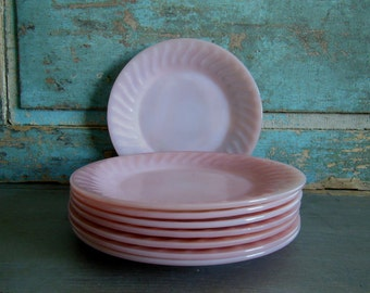 Set of 4 Chop Plates in Pink Swirl by Fire King