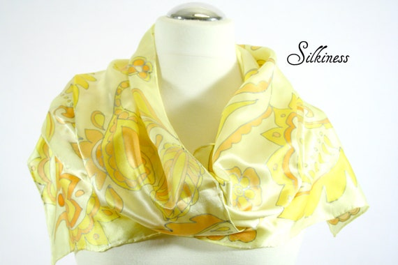 Yellow Scarf - Paisley Scarf .  Hand Painted Scarf. Yellow Scarf. Paisley. Hand Painted Silk.