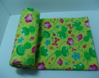 Lightweight Flannel Baby Blanket - Happy frogs