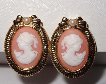 Peach and Cream Cameo Clip On Earrings  Acrylic Apparel & Accessories Jewelry Vintage Jewelry Earrings Clip On Earrings Cameo