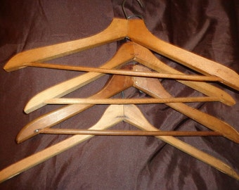 4 Vintage Wood Hotel Style Coat Clothes Hangers