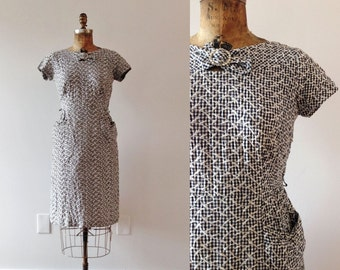 1950s Treasured Love embroidered gingham dress / 50s cotton wiggle