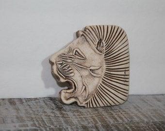 Vintage Carved Lion Head Belt Buckle