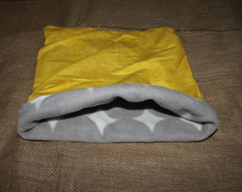 MEDIUM LARGE yellow and grey pouch for small pets