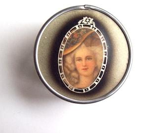 Victorian lady celluloid cream jar