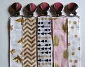 Pacifier Clip - Universal Clip for Babies Gold Glimmer - Dummy Clip