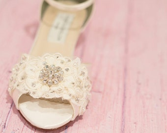 Wedding Shoe Wedge - Lace Wedge Wedding Shoe - Bridal Shoe Wedge - Lace Wedding Shoe - Wedge - Lace Wedge - Ivory Wedding Shoe - 200 Colors