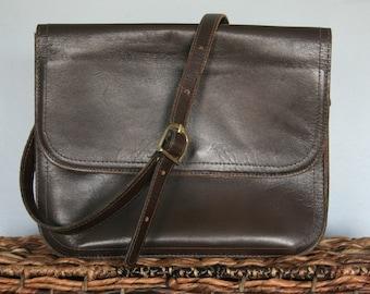 VINTAGE 1960s Pappagallo Shoulder Strap Purse / Chocolate Brown Cross Body Handbag