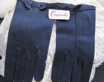 Vintage Dark Blue Nylon Ladies Wrist Gloves - Crescendoe NWT