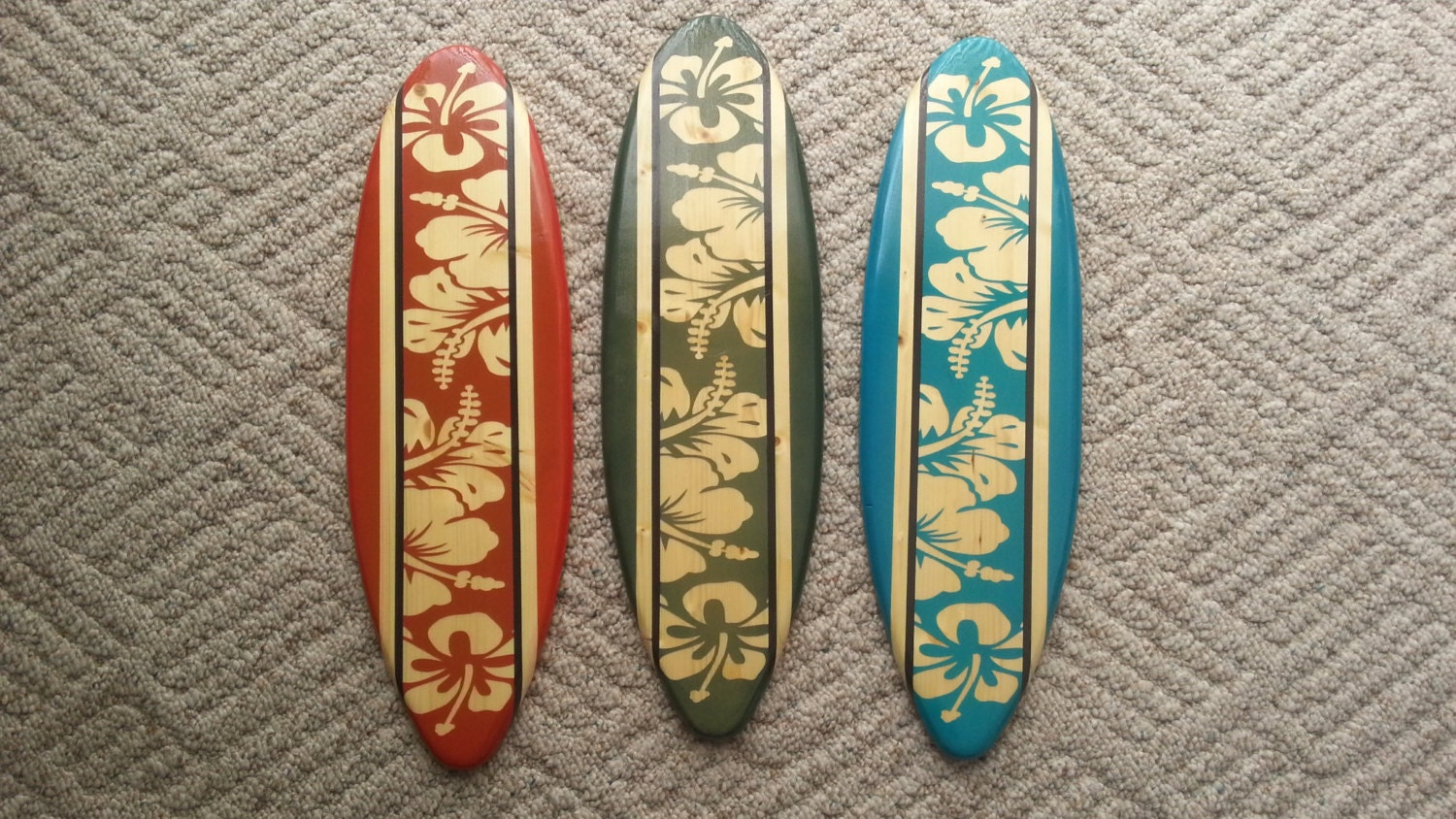 Vintage surf wall decor : Vintage surfboard wall art classic set of wood hibiscus