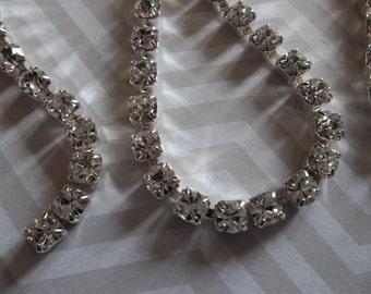 30% OFF SALE - WAS 11.99 per yard: Rhinestone Chain Crystal Clear Czech Crystal 4.2mm 18SS in Silver - Qty 36 inches
