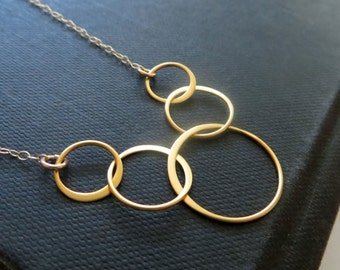 5 circle link necklace, eternity necklace, lightweight gold circle, geometric design, five family members friends