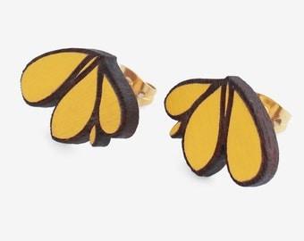 LILY Yellow- walnut studs