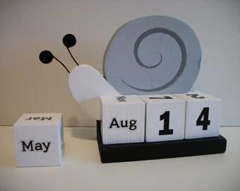 Snail Calendar Perpetual Wood Block Grey White Snail Decor