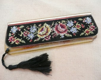 Floral Petit Point Comb Case with Tortoise-shell Comb and Tassel Pull