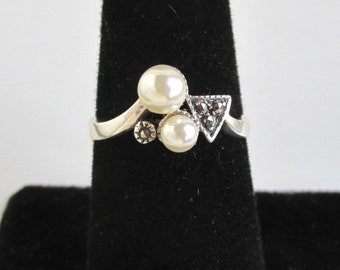 925 Sterling Silver, Marcasite & Faux Pearl Ring - Size 6 3/4