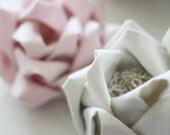 Fabric Flower Tutorial - No Sew Tutorial - Fabric Flower - Flower Tutorial - Mayumi Rose
