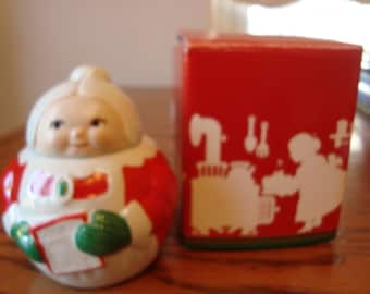 Avon Claus and company Mrs. Claus sugar holder