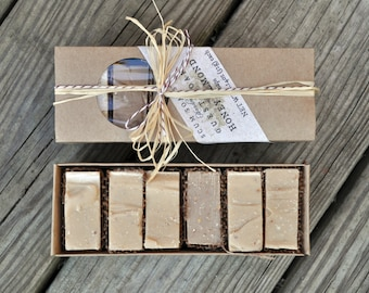 Honey Almond Guest Soap Gift Pack - Burlap,  Shabby Chic, Holiday