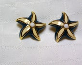 Vintage St. John's nautical teal and white Starfish gold tone 1980s clip earrings