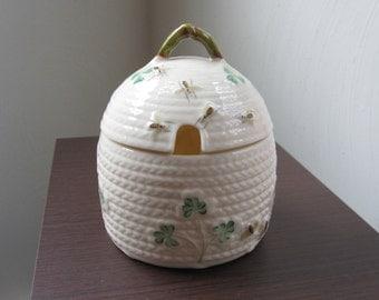 Belleek Irish Porcelain Shamrock Two Part Honey Jar or Pot 7th Mark 1980-92 Yellow