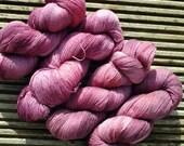 REDBERRY STAIN - 1 x 100g BFL Lustre 2ply Laceweight