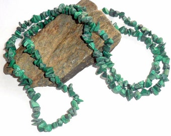 Malachite Long Chip Necklace earthegy