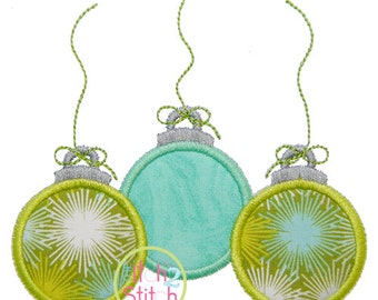 "Triple Ornament Applique, Shown with our ""Twinkle Star"" Font NOT Included, Sizes 4x4, 5x5, 6x6 and 7x7, INSTANT DOWNLOAD"