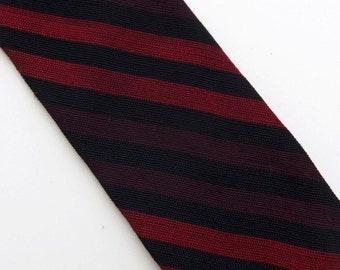 Vintage 60s Skinny Tie Necktie in Black Burgundy and Dark Red Diagonal Stripes Beau Brummell