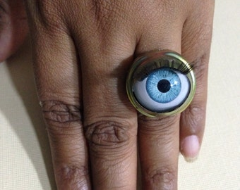 Big Creepy Blue Doll Eye with Lashes Adjustable Ring, Halloween Jewelry, Spooky Ring, Pan's Labyrinth, Cosplay Jewelry
