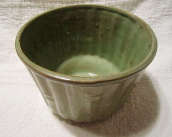 Green faux bamboo vintage ceramic planter