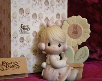 "1988 Precious Moments Members Only Figurine. ""Growing In Love"""