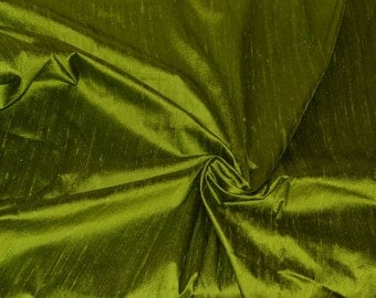 Silk Dupioni in Apple green with black shimmer, Fat quarter - D 36