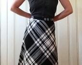 Vintage 70s Black and White Plaid A Line Knee Skirt