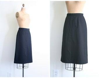 1970s black fitted pencil skirt - 70s polyester skirt / Panther - 70s designer skirt / sexy secretary skirt - wiggle skirt