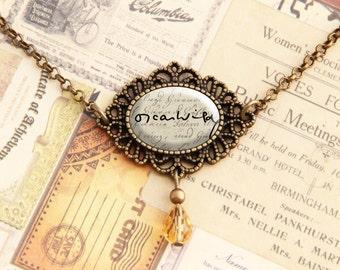 Oscar Wilde - Signature Necklace