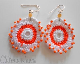 "Crocheted earrings orange and white ""Chirimolla Alegre"" (happy custardapple)"