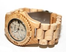 Wooden quartz wrist watch