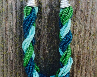 Gorgeous braided green seed bead necklace