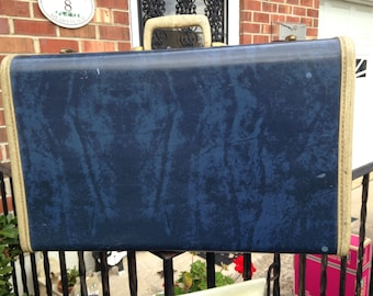 Mid-century samsonite blue marble medium size suitcase. 1960s luggage. Marbleized Navy Suitcase for crafting or home decor.