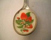 Collectible Avon Souvenir Spoon Strawberries