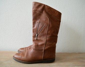 Womens Leather Boots, Flat Boots, Ladies Vintage Brown Boots, Size US 7 1/2 EU 38