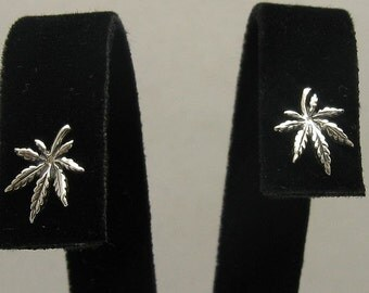 E000403 Sterling Silver Earrings Solid 925 Cannabis