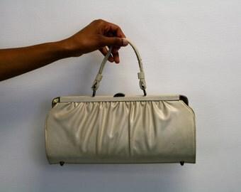 1960s Cream Vinyl Handbag