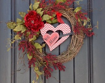 Valentines Day Grapevine Wreath Door Decor Wooden Heart Arrow Red Berry Branches Wispy Artificial Floral Indoor Outdoor Decoration