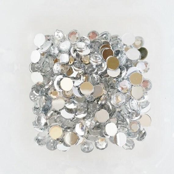 200pcs - 5mm Crystal Clear Acrylic Flatback Rhinestones AR10005