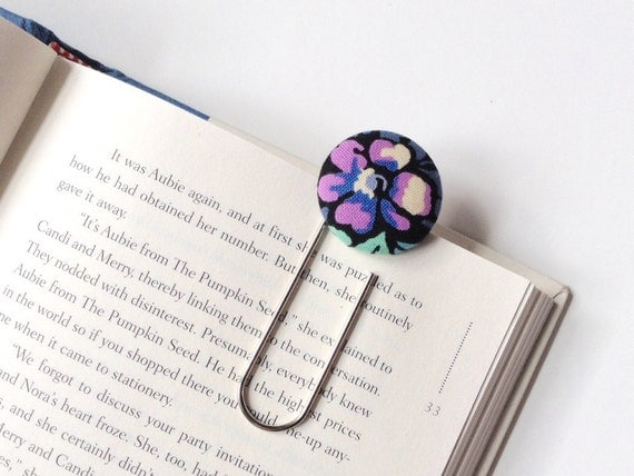 https://www.etsy.com/listing/208541956/large-paperclip-bookmark-purple-flower?ref=shop_home_listings