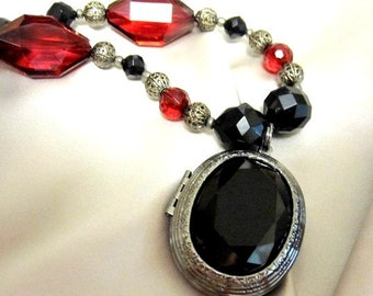 Locket Necklace Victorian Styled Black Red Silver