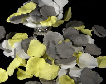 500 Rose Petals / Grey Yellow White / Bulk / Wedding Bridal Baby Shower Decoration / Flower Girl Petals / Flower Petals