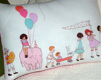 PILLOW Cover 16 x 12  Kids on PARADE Border Print CHILDREN at Play Print